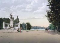 Monument aux enfants du Rhône devant le parc de la Tête d'Or, Lyon, France (http://commons.wikimedia.org/wiki/File:Lyon_parctetedor_monument_congres.jpg)