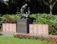 Den_Burg_Kriegsfriedhof_Copyright:Takuma_Melber