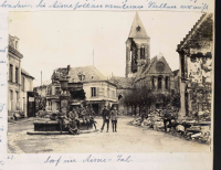 Abb. 1: Seite 155: Zerstörungen in einem Dorf im Aisne-Tal an der Westfront